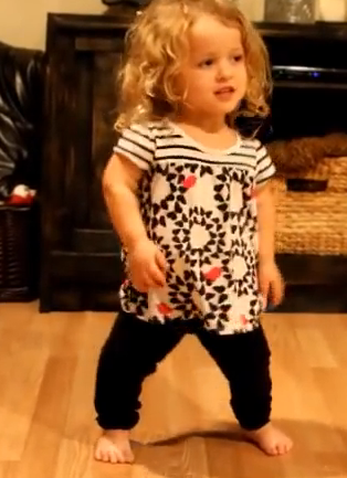 "Cutest 5-year-old dances to ""Shake It Off"" and Wins the Internet"