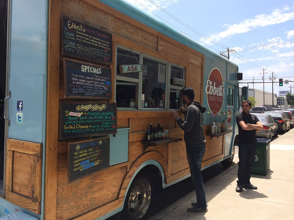 Downers Grove approves food truck pilot program